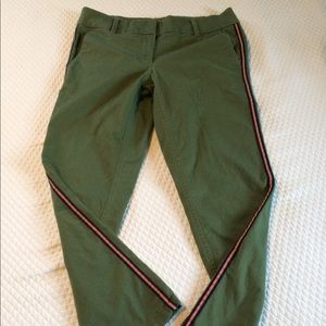 Loft Outlet olive green modern chino crop